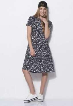 שמלה מודפסת בגזרת A