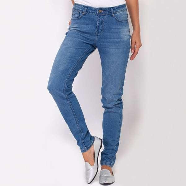 """ג'ינסים בייסיק ב 100 ש""""ח"""
