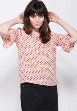 חולצת נקודות ושרוול פפלום