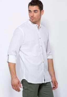 חולצת כפתורים בשילוב פשתן