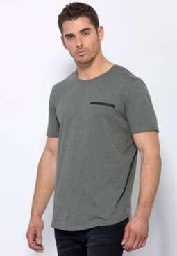חולצת טי מלאנג´ עם כיס חזה בסגירת רוכסן