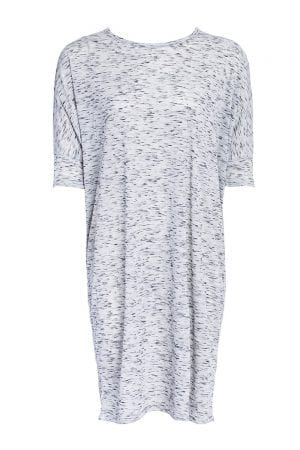 שמלת טקסטורה שרוולי עטלף