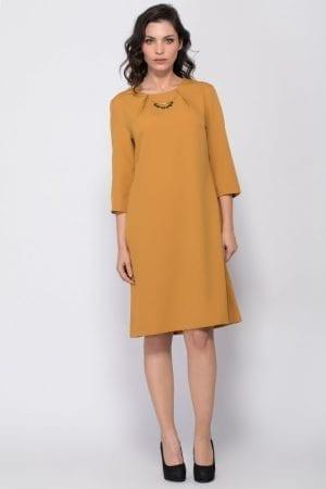 שמלת אריגה בשילוב שרשרת