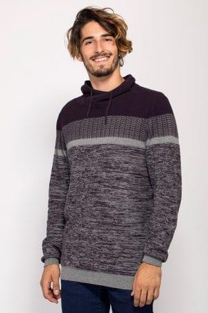 סוודר קולור בלוק בשילוב סריגות וטקסטורות