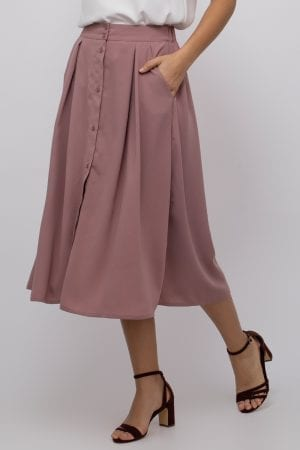 חצאית קלילה בשילוב כפתורים