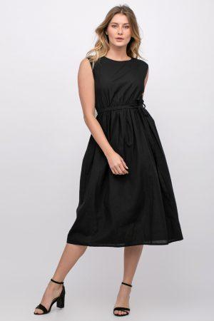 שמלה עם קשירה במותן