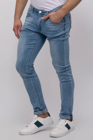 ג'ינס סקיני בהיר