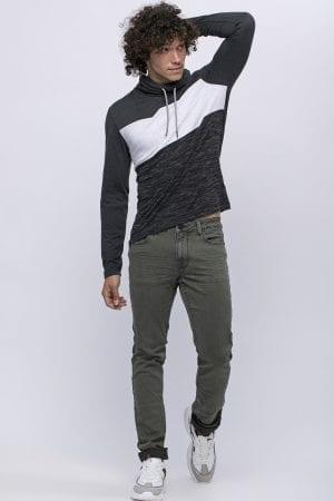 ג'ינס בסיס ירוק זית  בגזרה צרה