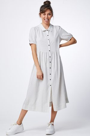 שמלת משבצת