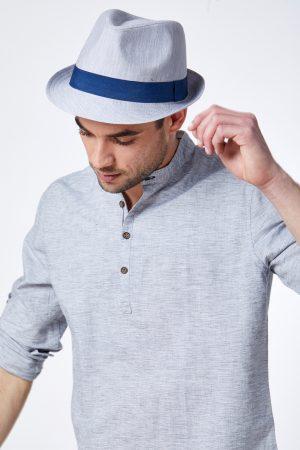 כובע מגבעת אפור בהיר