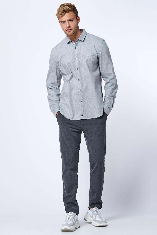 חולצת פלנל אפורה עם כיס