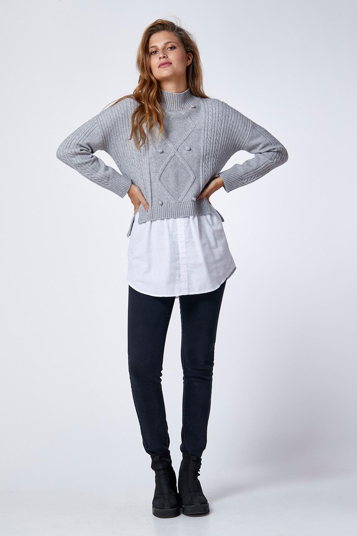 סוודר משולב עם חולצת אריג