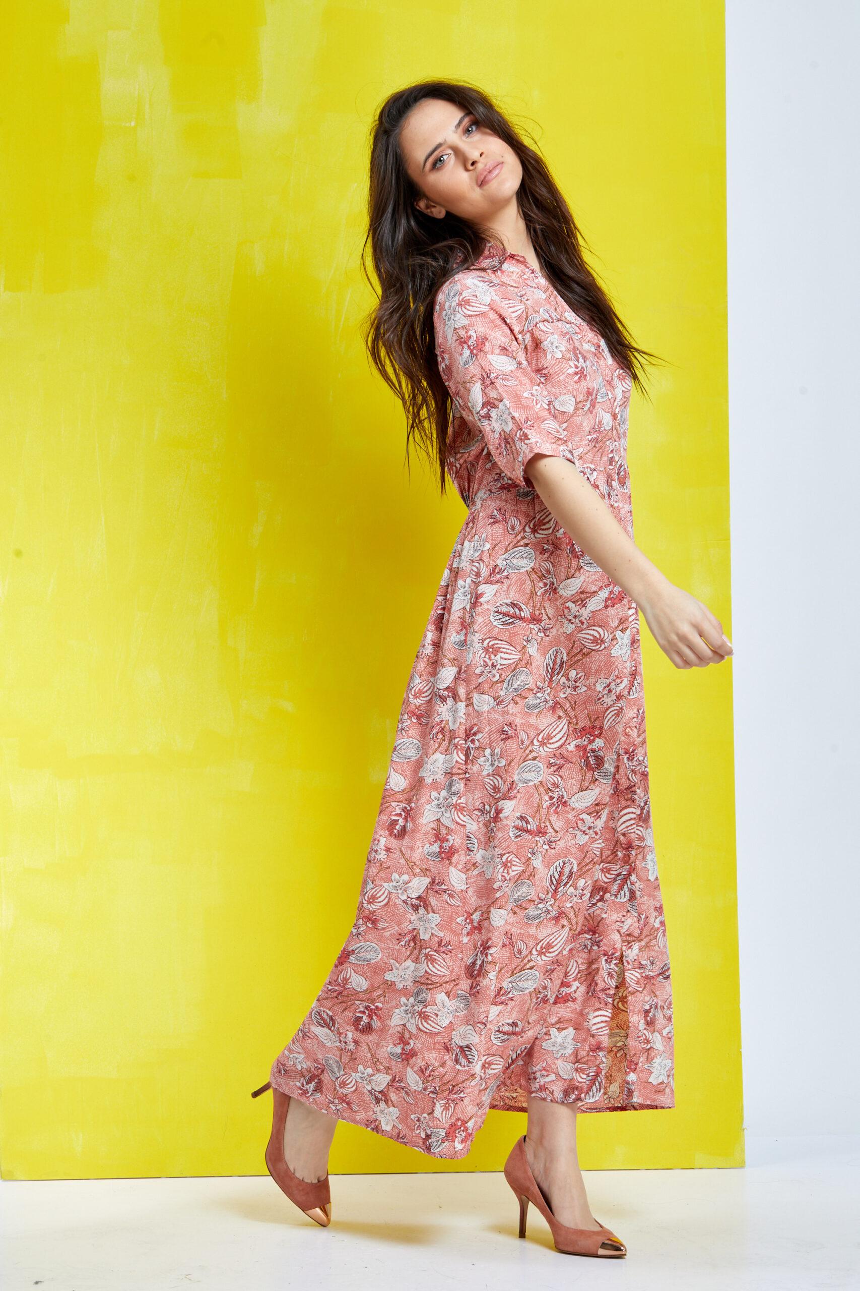 שמלת כפתורים פרחונית