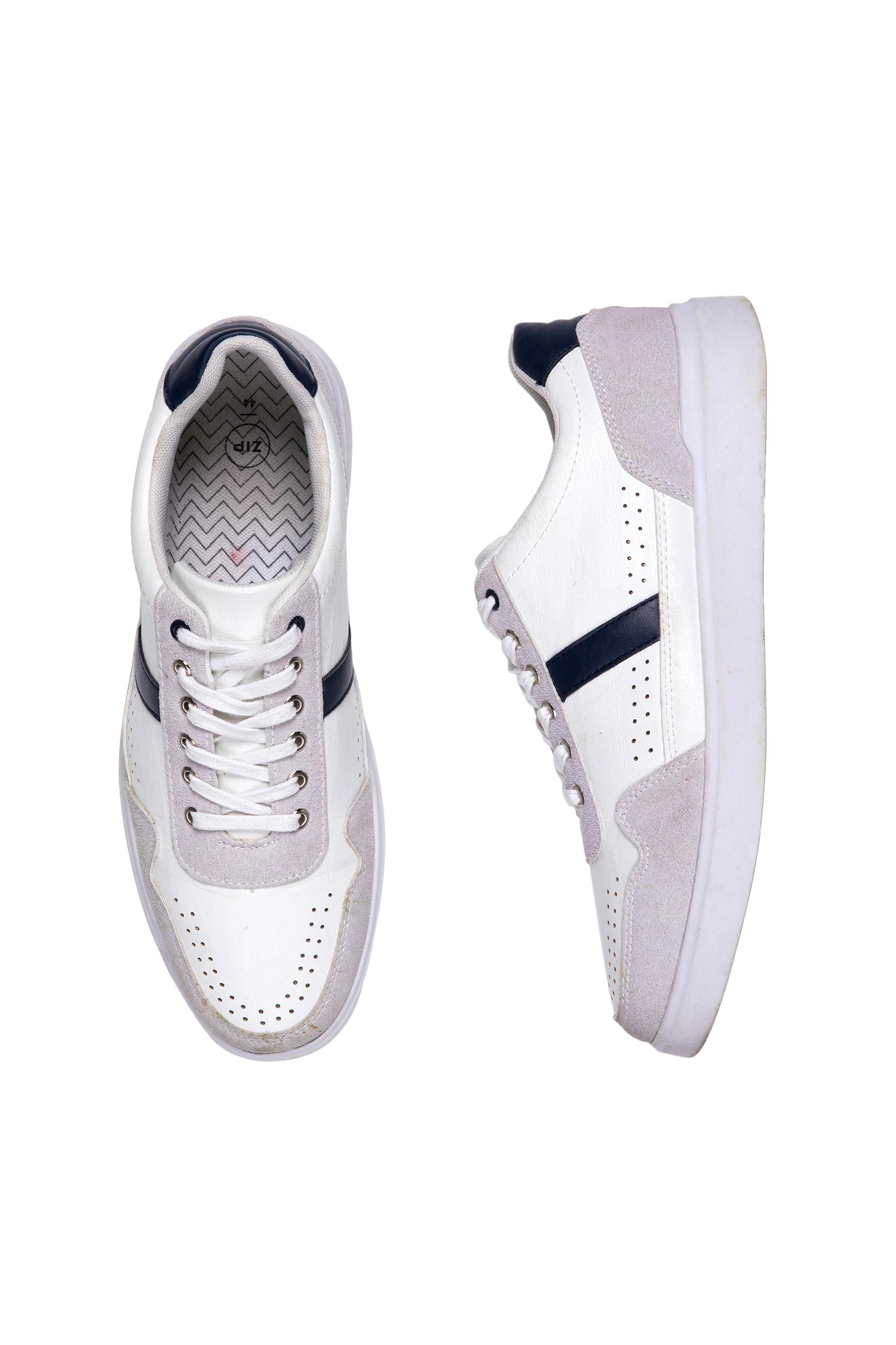 נעל סניקרס  לבנה