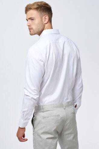 חולצה מכופתרת בד פרמיום לבן אוקספורד