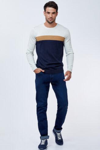 ג`ינס כחול כהה גזרה צרה